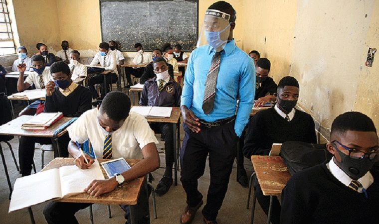 Zimbabwe says 1281 pupils and 131 teachers have tested positive for Covid-19 since schools opened